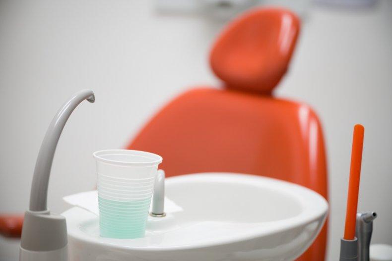 UK Dentists Provide Emergency Care Through Coronavirus
