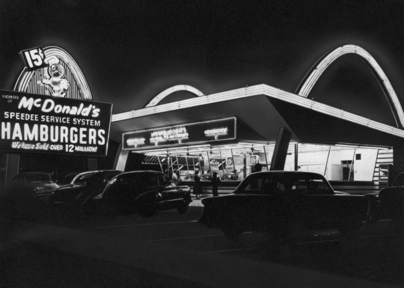 1955: McDonald's and Disneyland welcome millions