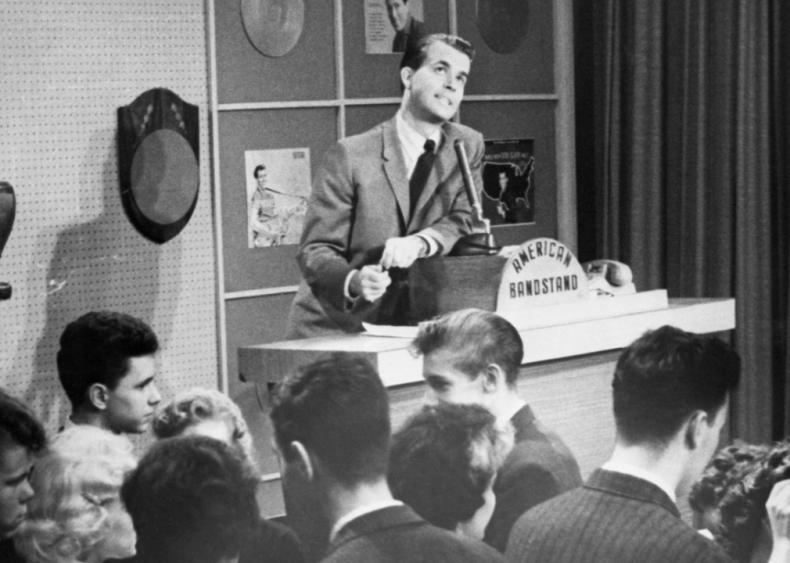 1957: Music mania