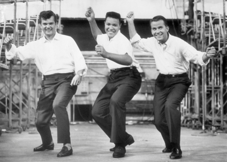 1961: Maris tops Ruth; Chubby Checker twists his way to fame