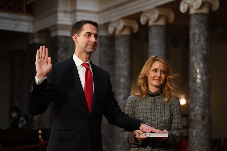 Tom Cotton sworn into U.S. Senate