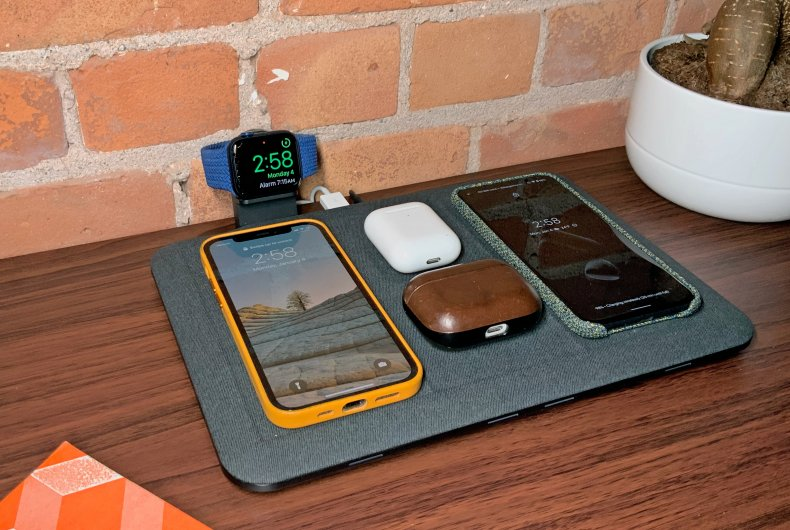 Mophie 4-in-1 Wireless Charging Mat review