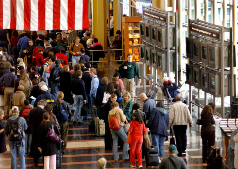 Nov. 29: United States has busiest air travel day since pandemic began