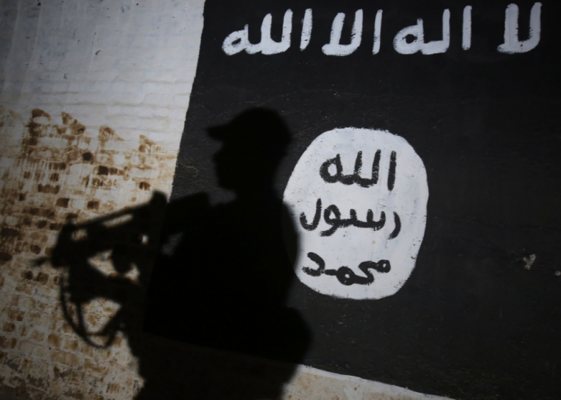 ISIS' online presence shrinks but internet remains open