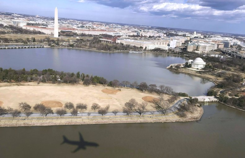 plane, flies, washington, dc