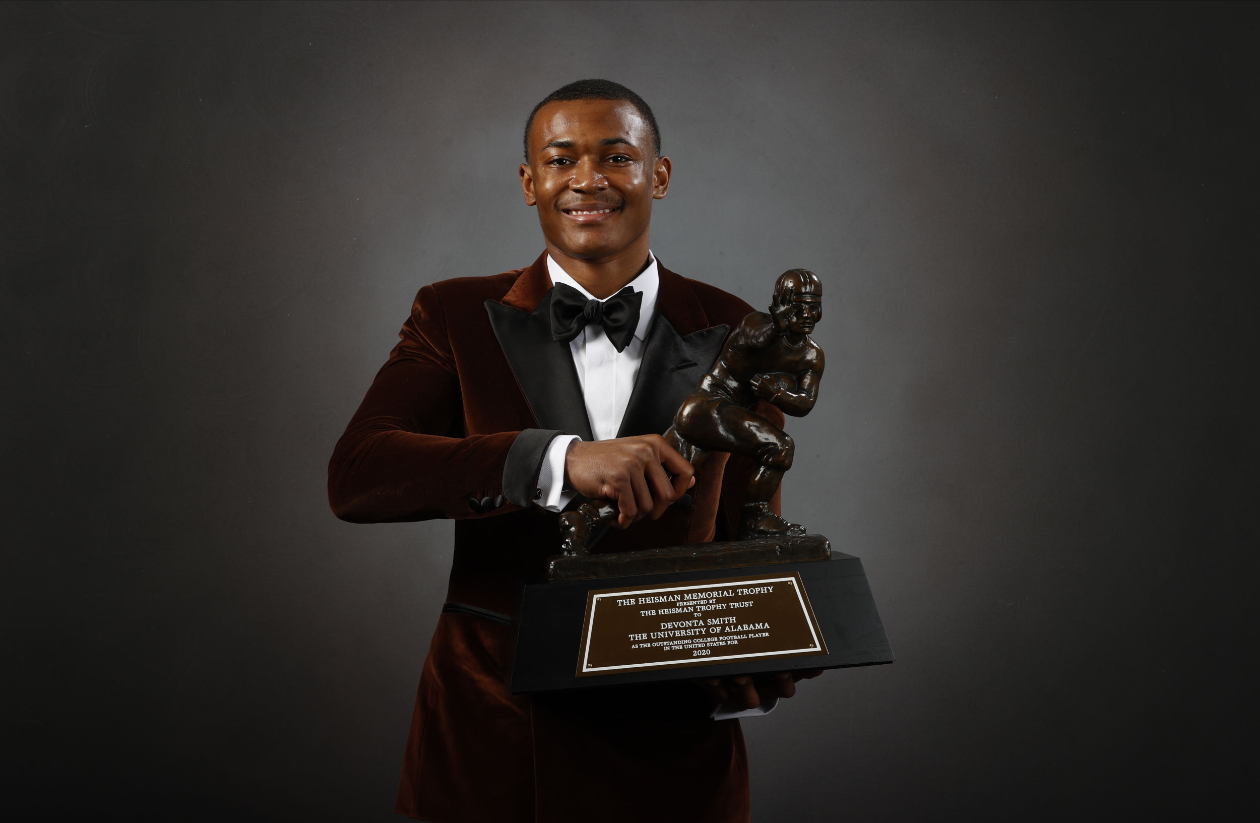 DeVonta Smith is only fourth WR to win Heisman Trophy in 85 years—Here are the others