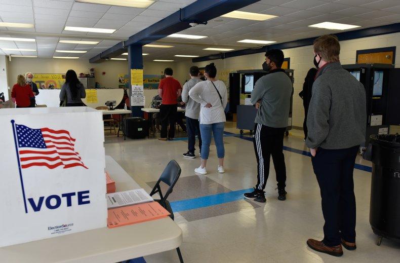 Voters line up in Atlanta Georgia runoffs