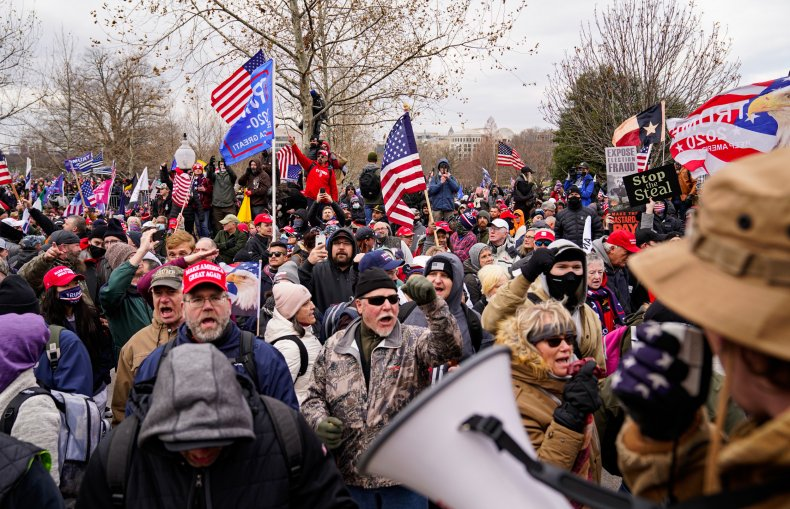 Crowds gather outside the U.S. Capitol