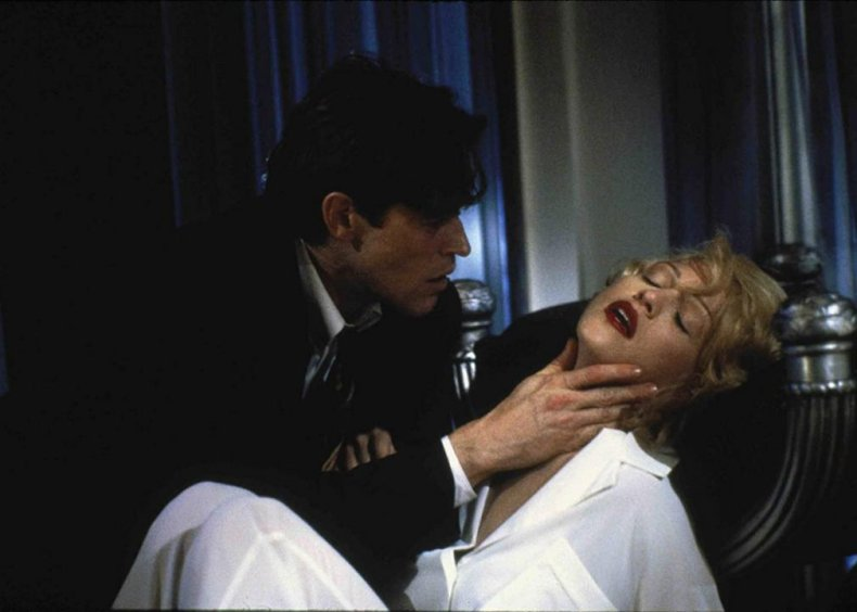 #89. Body of Evidence (1992)