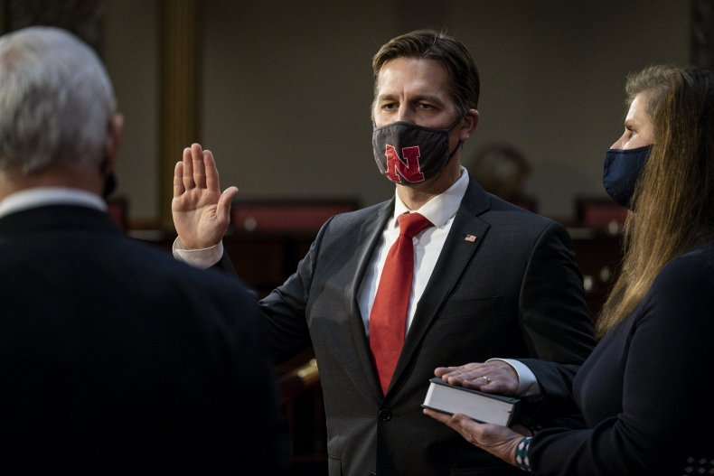 Ben Sasse sworn in by Mike Pence