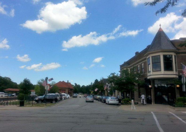 #48. Hinsdale, Illinois