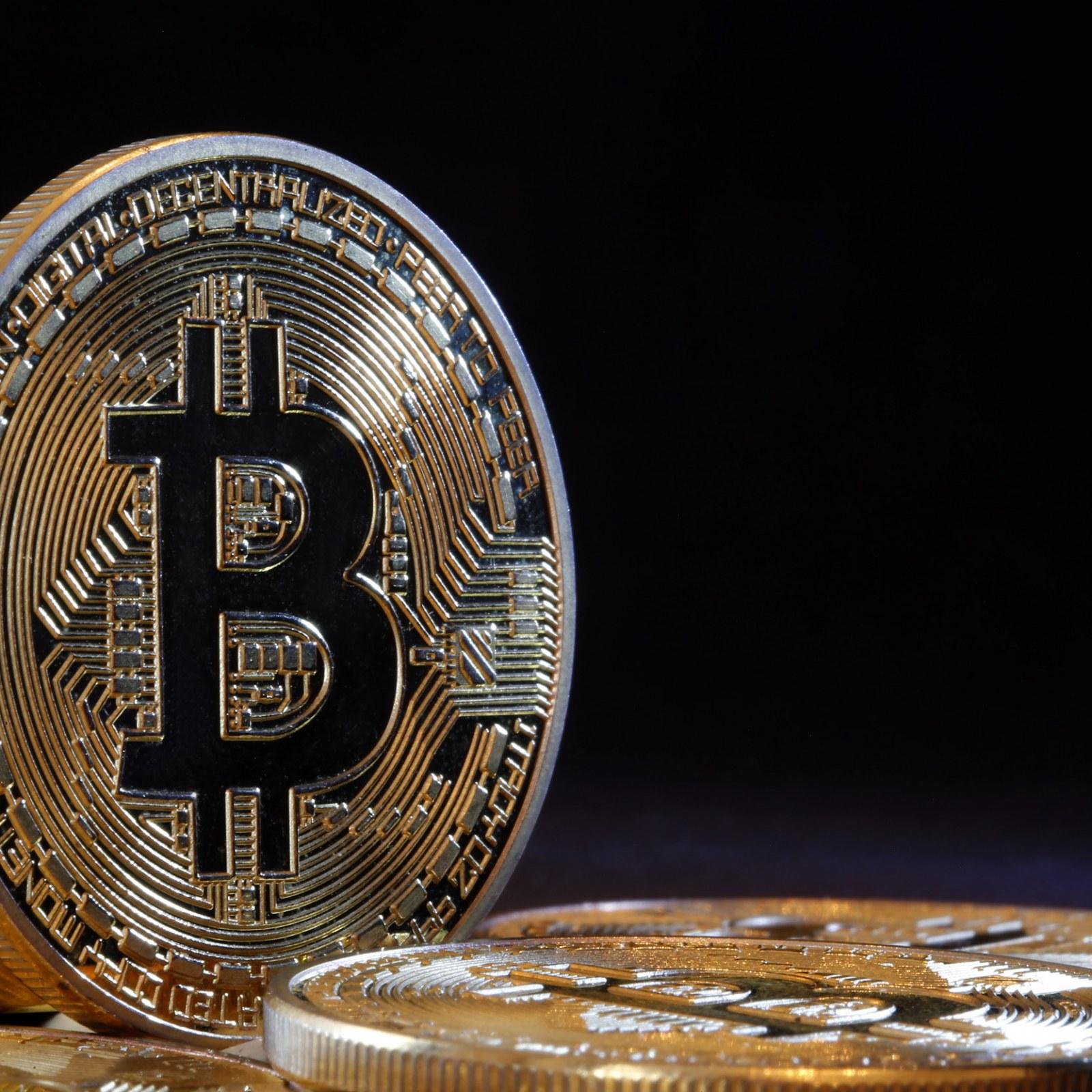 câștigând bitcoin pe pilot automat)