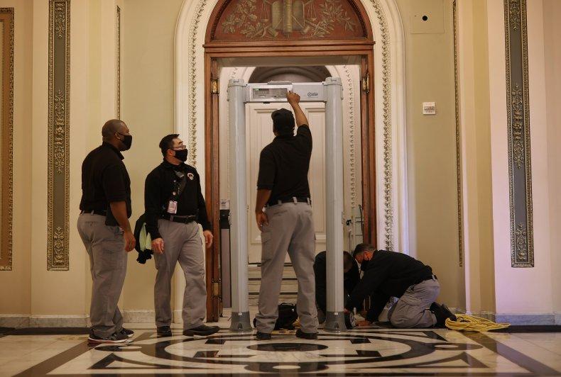 House Republicans Protest Metal Detector