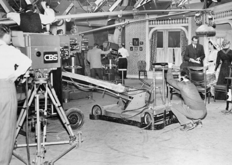 CBS replaces kinescope with videotape