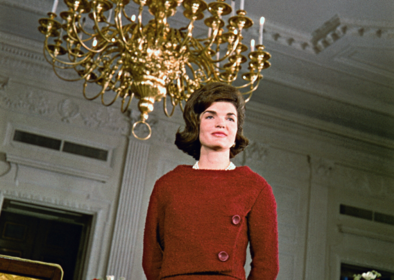 Jacqueline Kennedy gives a White House tour