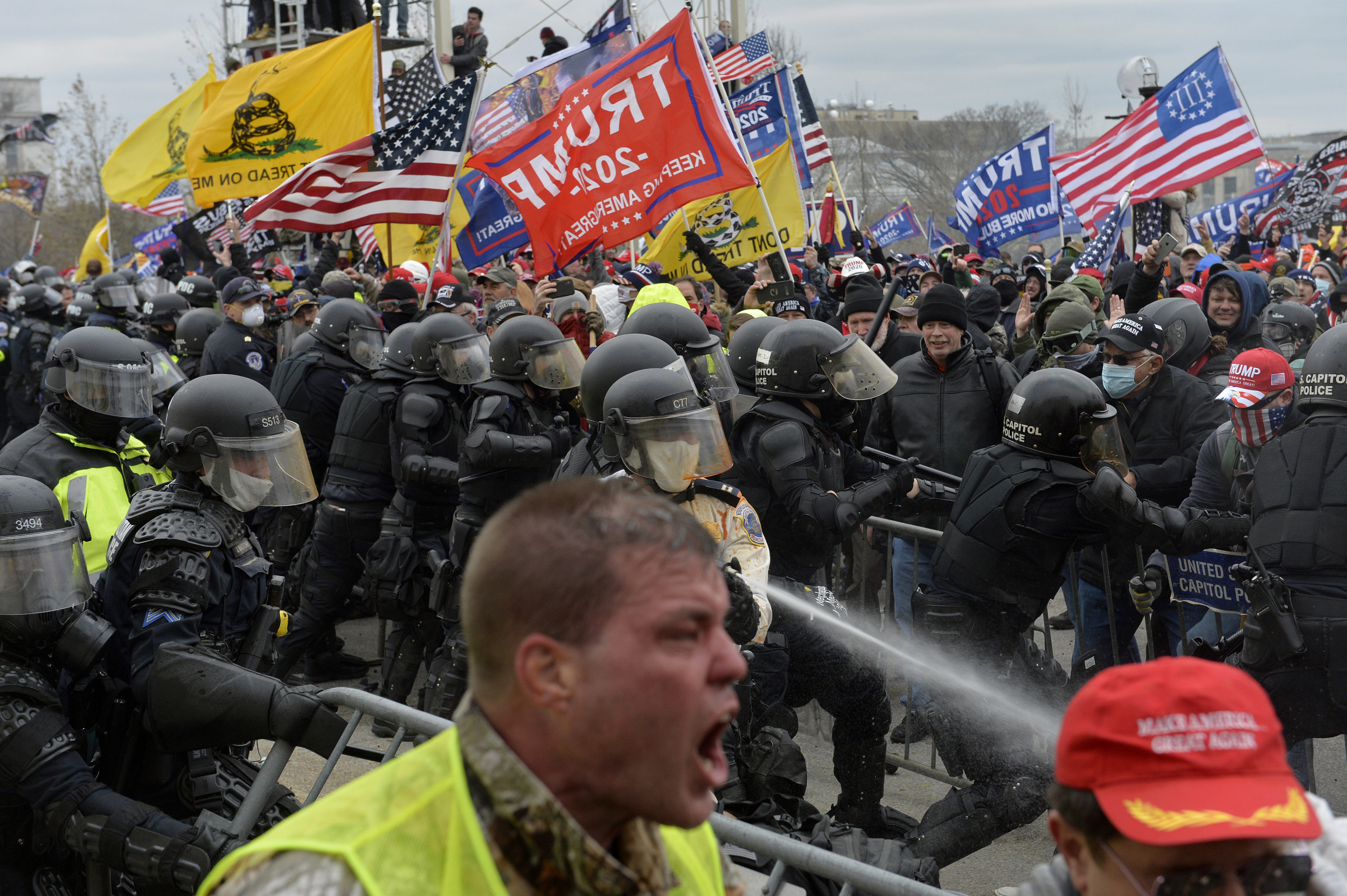 41 Percent of Republicans Are Unconcerned With Violence Before Biden Inauguration: Poll thumbnail