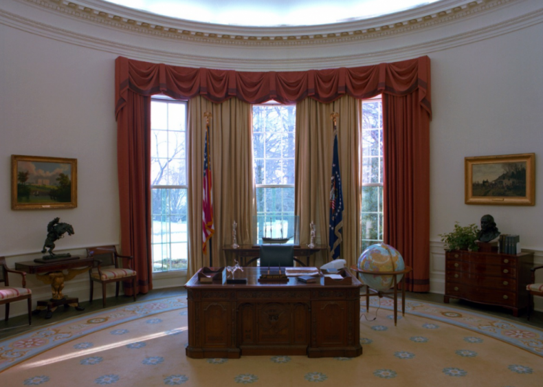 How executive powers are transferred after a presidential election