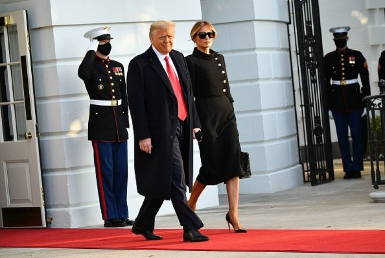 Donald trump leaves white house