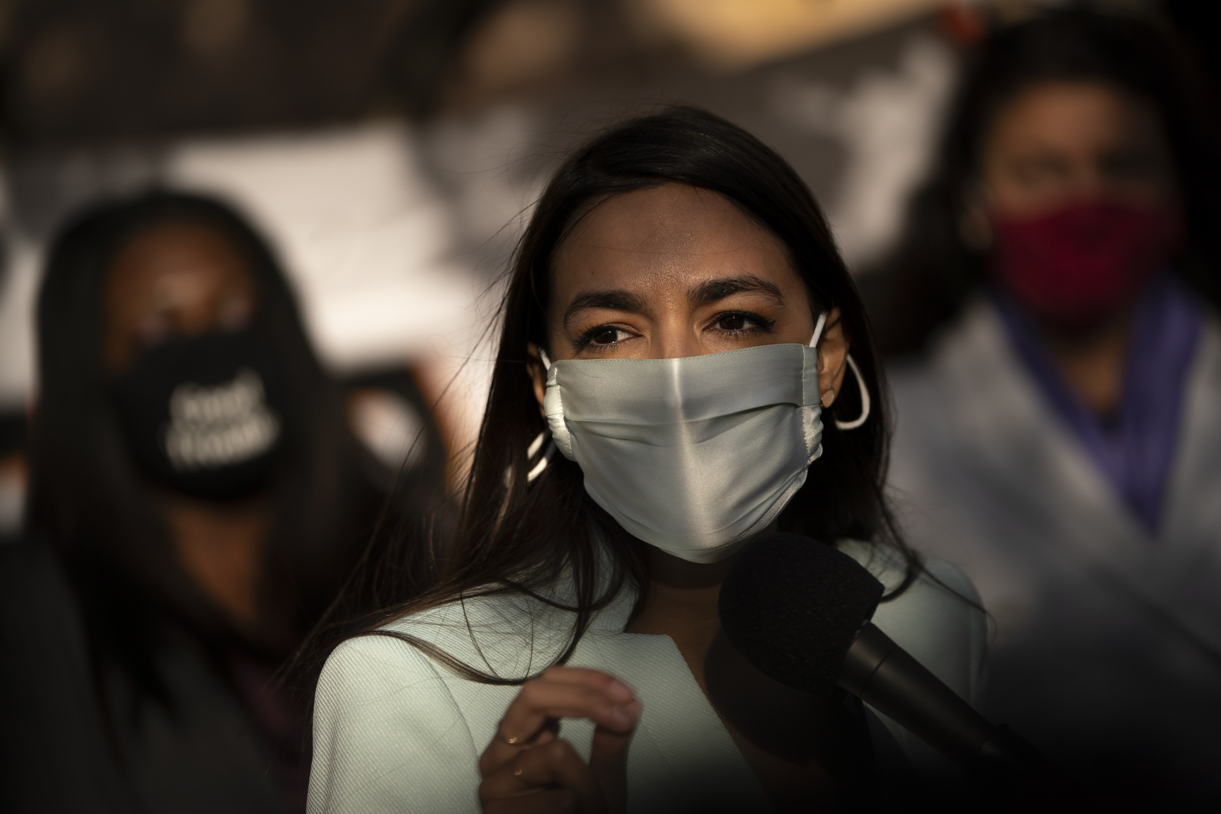 Alexandria Ocasio-Cortez takes on Ted Cruz's Paris climate agreement comments