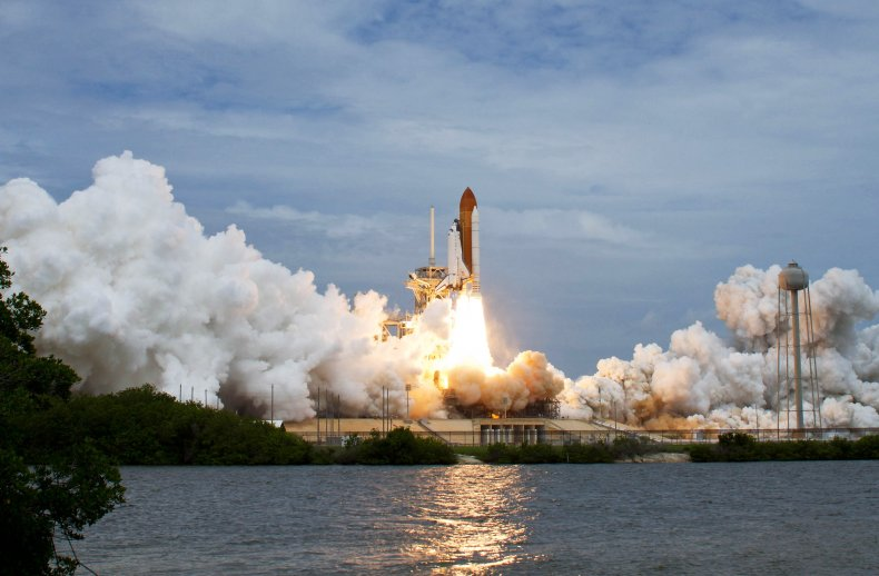 Atlantis blasts off from Kennedy Space Center