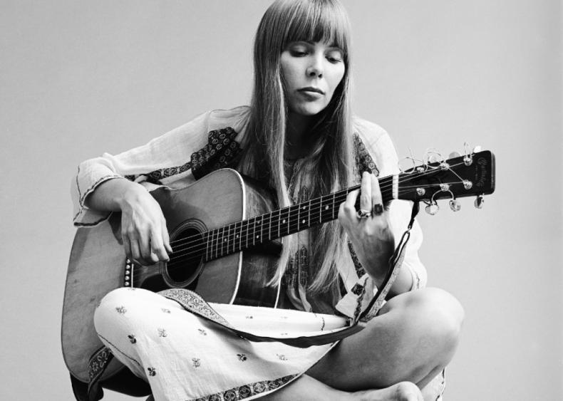 50 women who broke barriers in the music industry