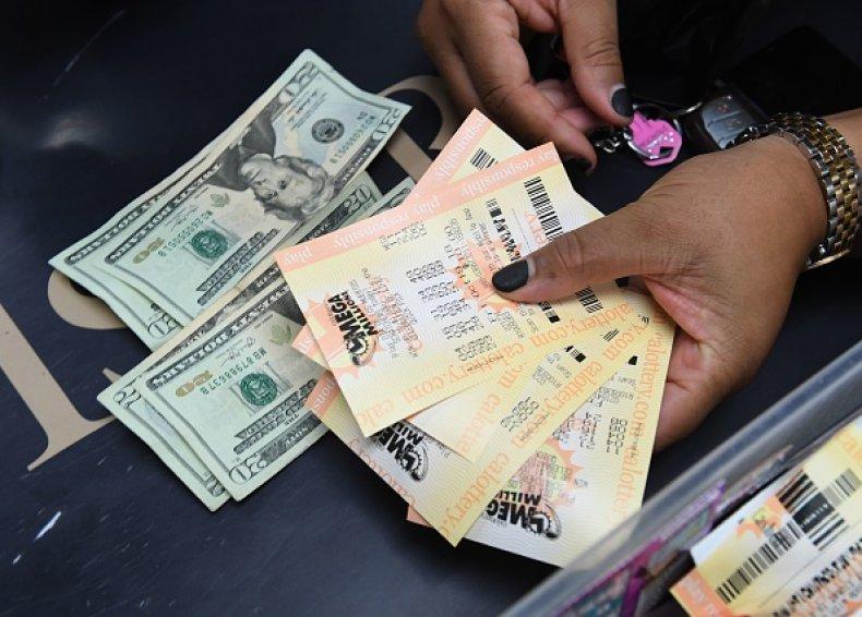 Mega Millions Jackpot Reaches $1 Billion