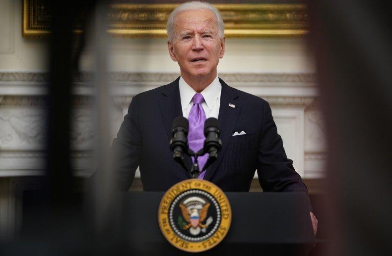 TOPSHOT-US-POLITICS-BIDEN-HEALTH-VIRUS TOPSHOT - US President Joe Biden