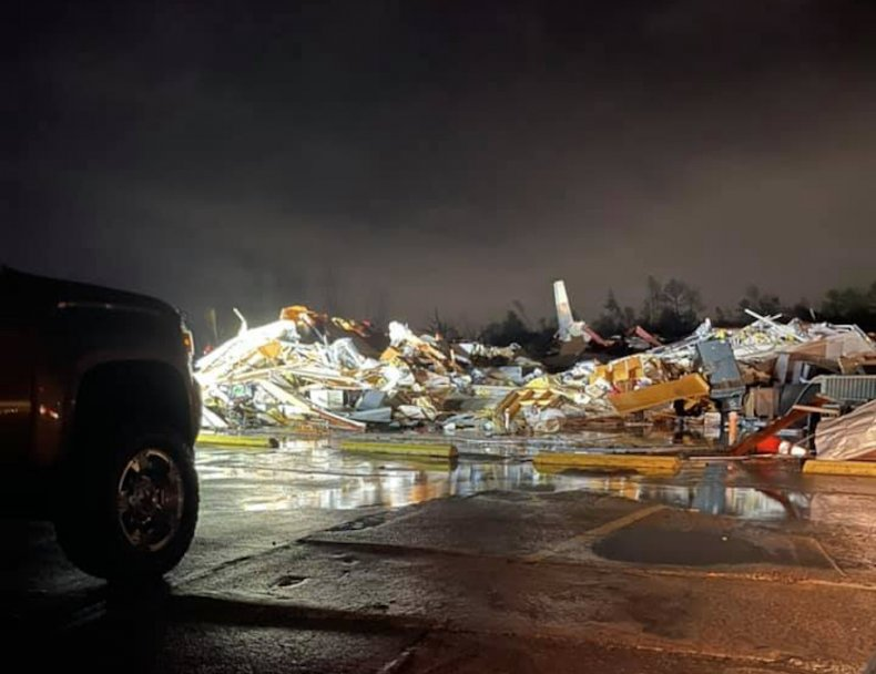 tornado, alabama, fultondale, hurst towing, justin hindman