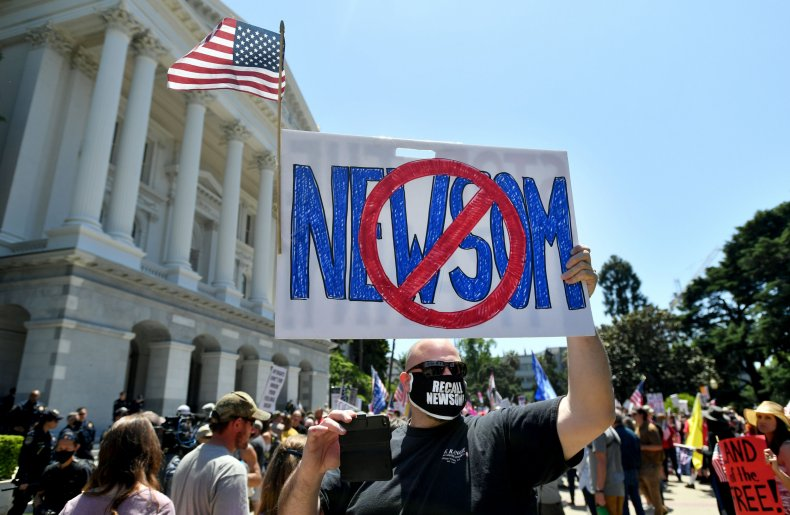 Recall Gavin Newsom protesters