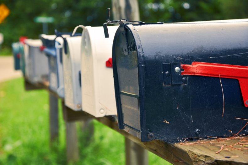 mail theft stimulus checks illinois