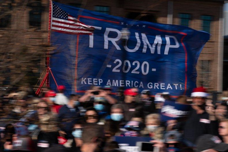 trump supporter pipe bomb democrats