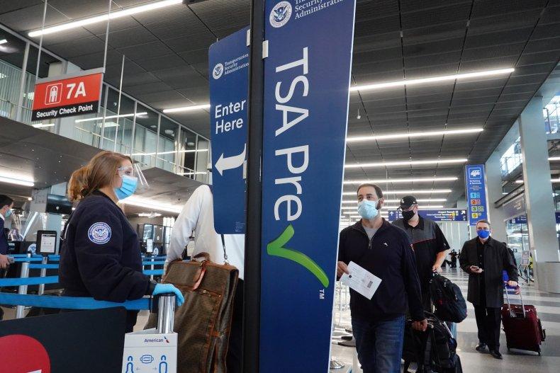 TSA checkpoint Chicago airport