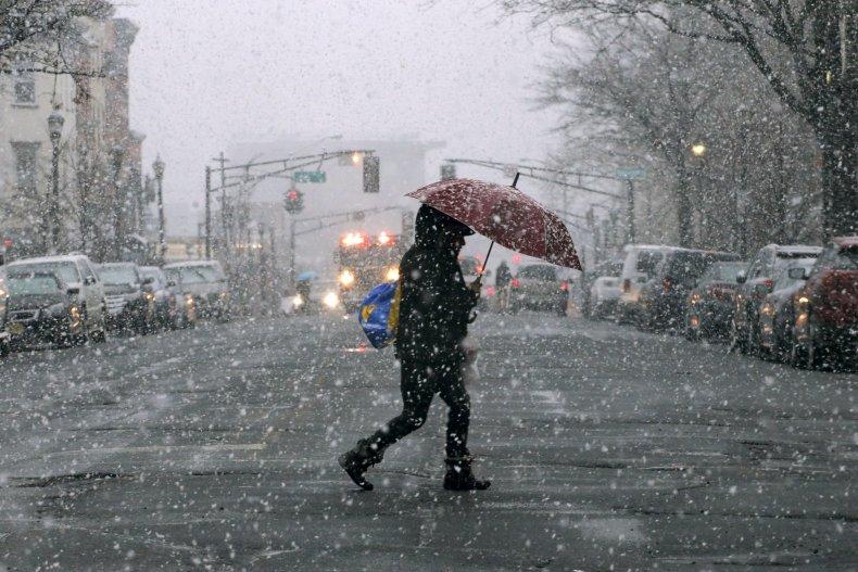 New Jersey snow COVID-19 vaccine shutdown site