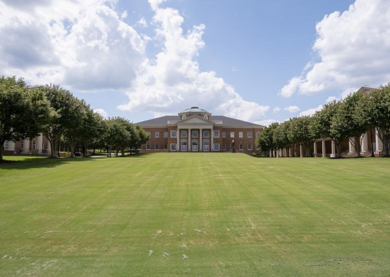 North Carolina: Cary Academy