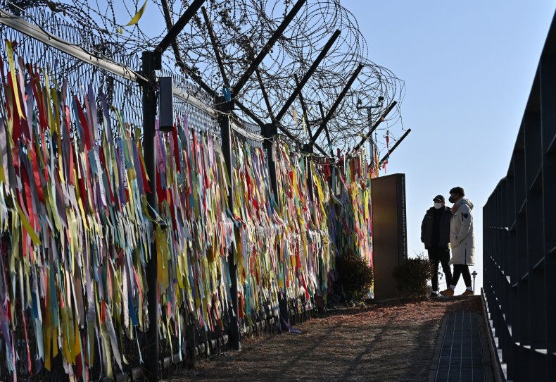 north, south, korea, border, peace, fence