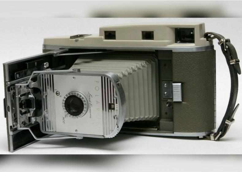 1948: Polaroid photography