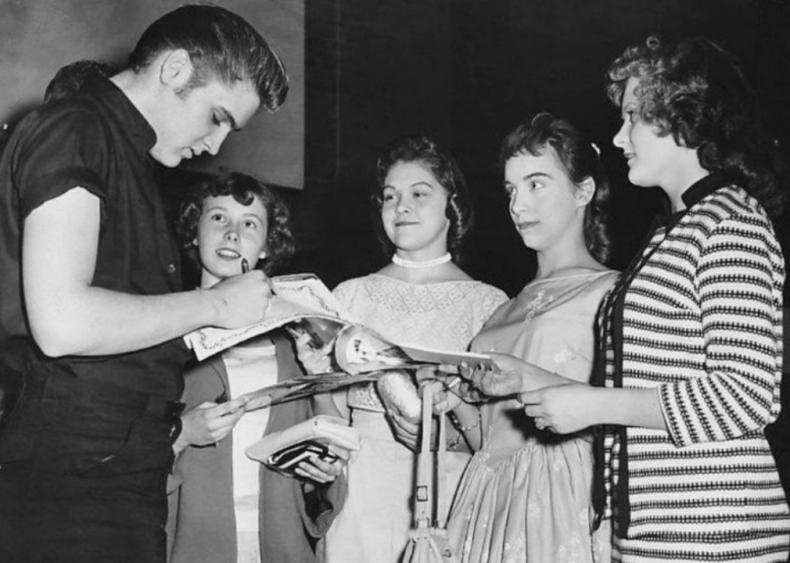 1956: Elvis