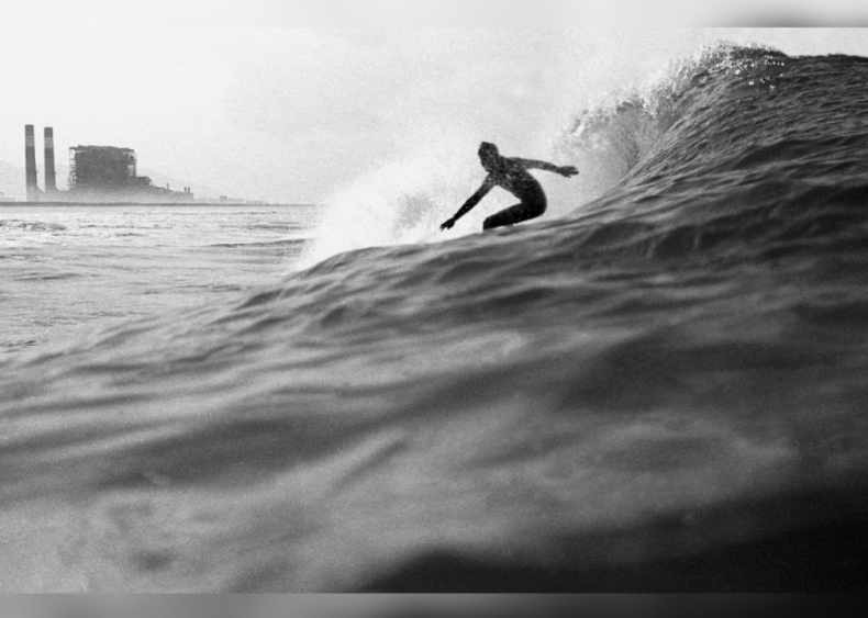 1962: Surfing