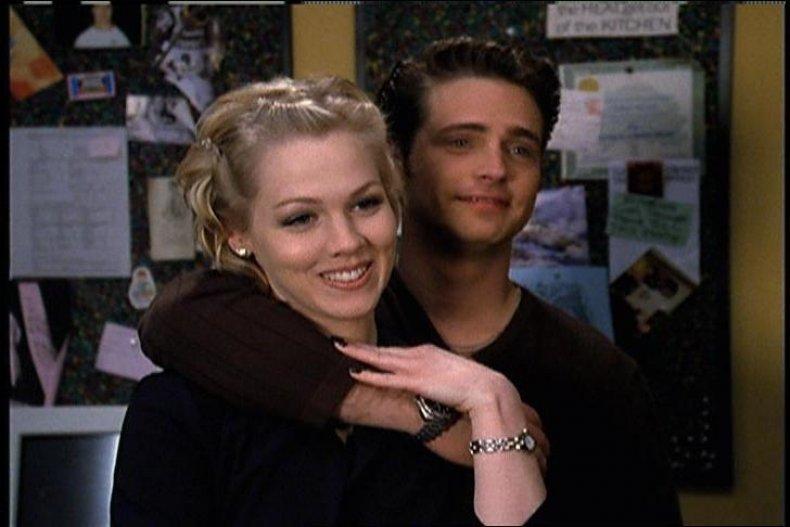 1990: 'Beverly Hills 90210'