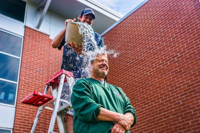 2014: Ice Bucket Challenge