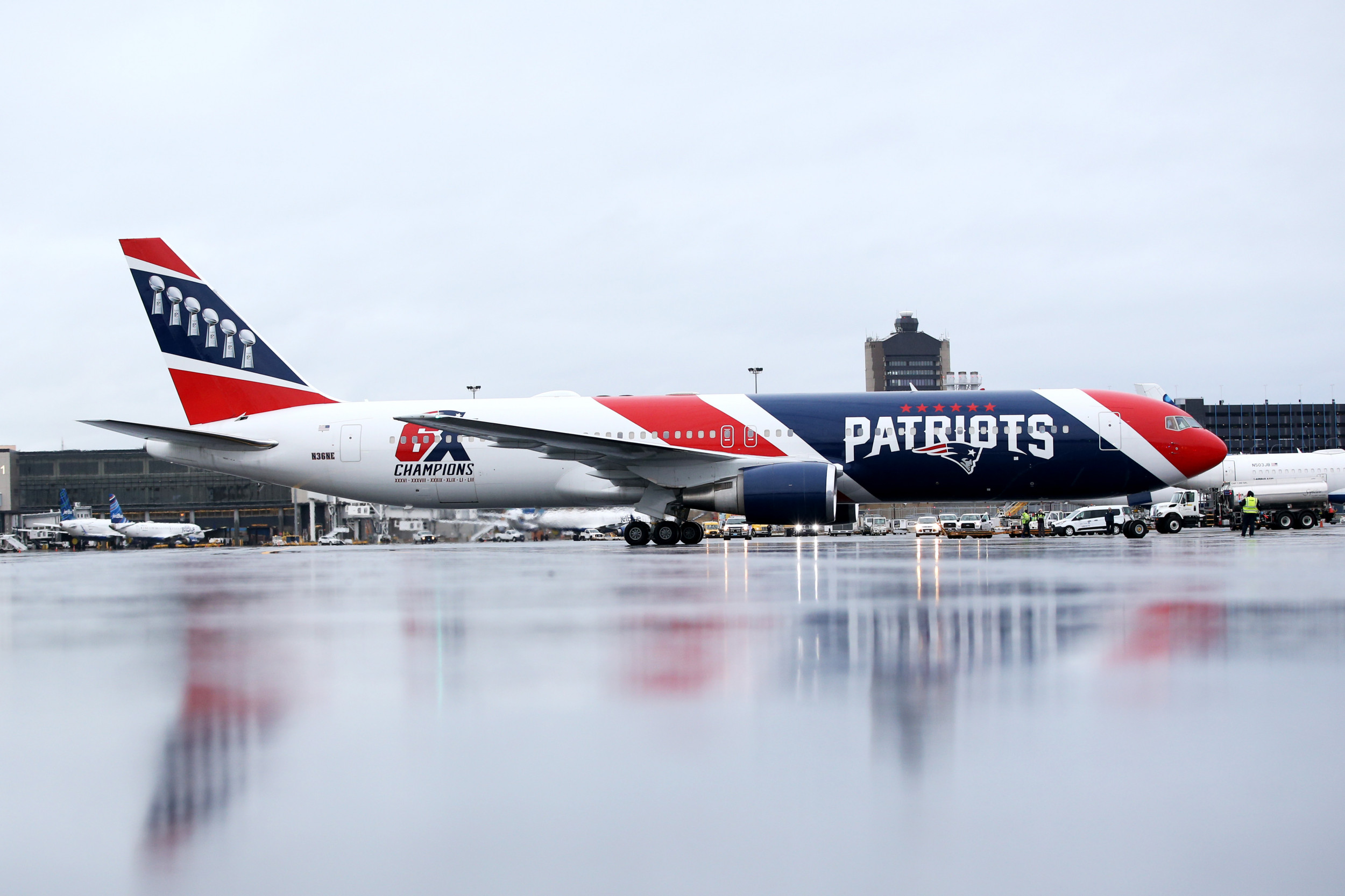 Patriots Will Use Team Plane to Take 76 Health-Care ...