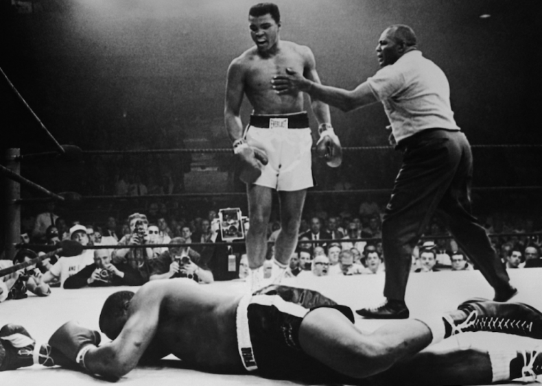 1978: Muhammad Ali wins heavyweight boxing title for the third time