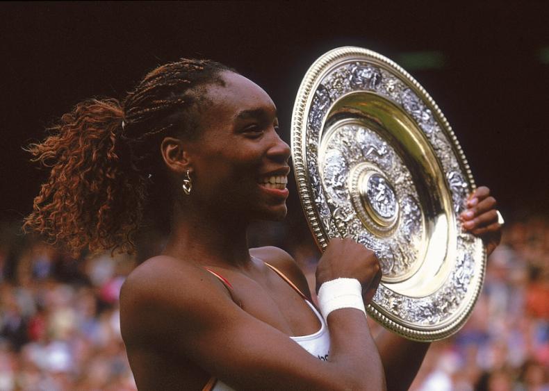 2000: Venus Williams wins Women's Singles at Wimbledon