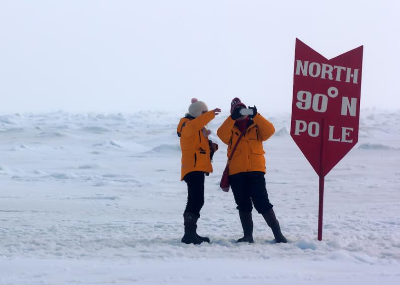 2007: Barbara Hillary goes to the North Pole