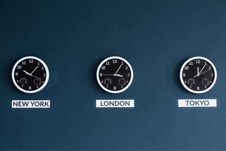 Time zones: 6