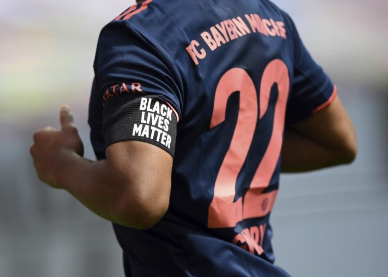 German soccer players supports Black Lives Matter