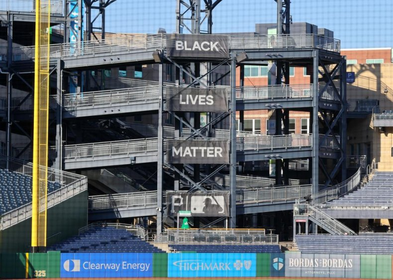 Pittsburgh Pirates unfurl Black Lives Matter banners