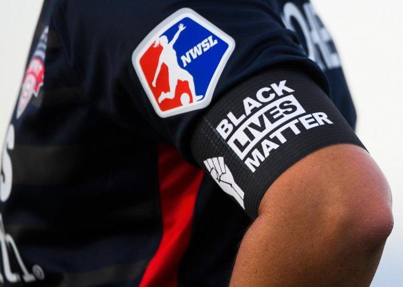 Women's soccer wears Black Lives Matter gear