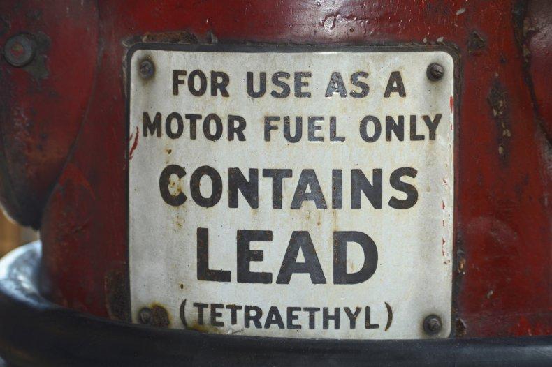 Lead gas