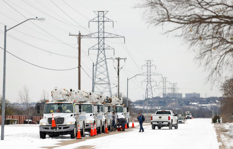 Electric service trucks